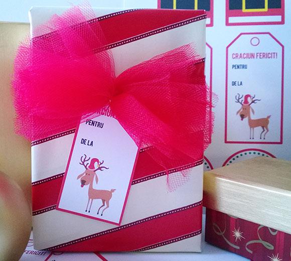 etichete-cadouri-hartie-cartonata