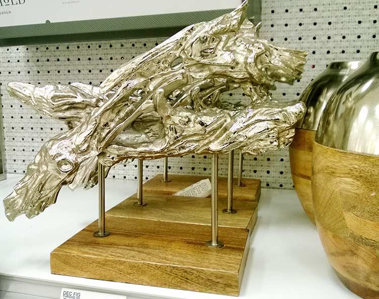lemn-auriu-piedestal