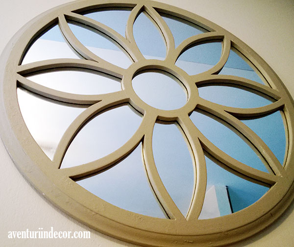 oglinda-floare-bej