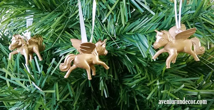 ornamente-aurii-craciun