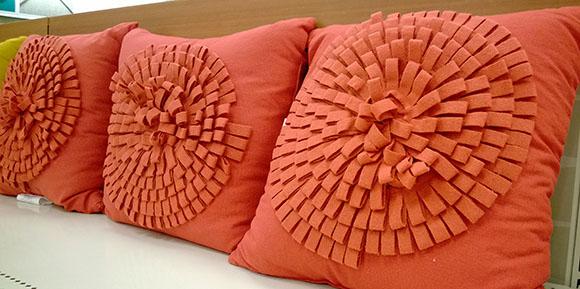 perna-fetru-flori