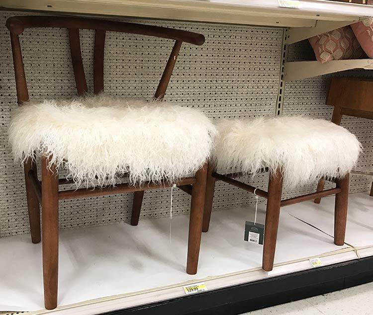 scaun-acoperit-blana