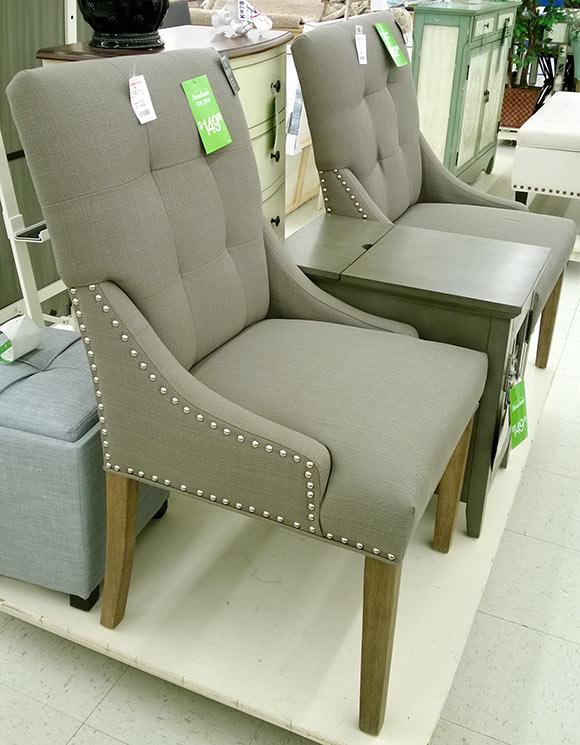 scaune-brate-pioneze-decorative