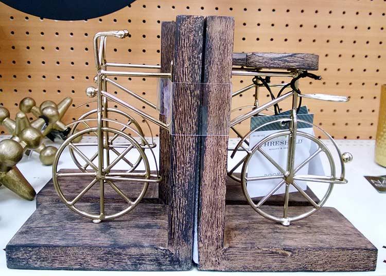 suport-carti-bicicleta